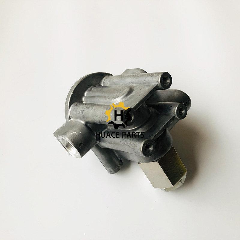 Cat oil filter head 5I-8670